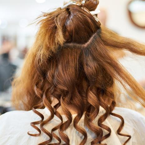 美容院ページ女性のヘアセット